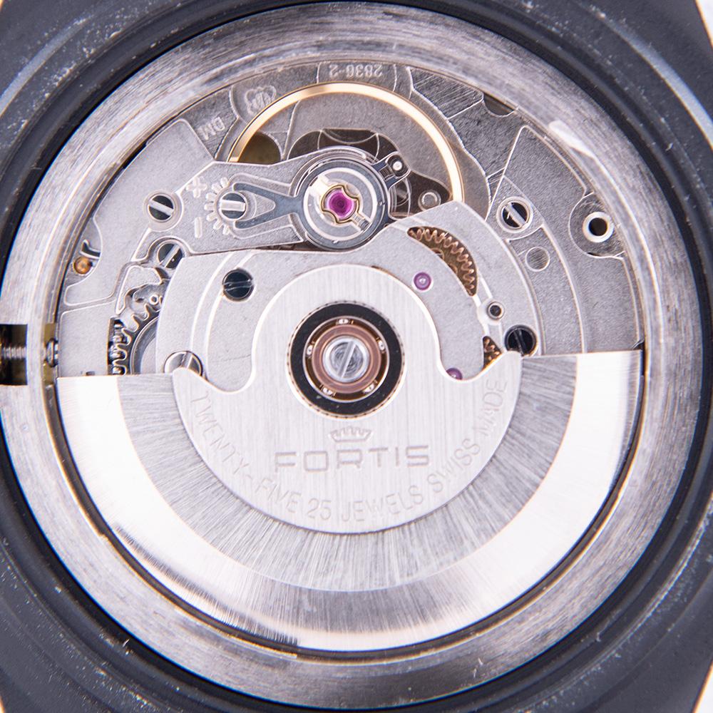 フォルティスコスモブラック リミテッド・エディション610.18.11.MCB